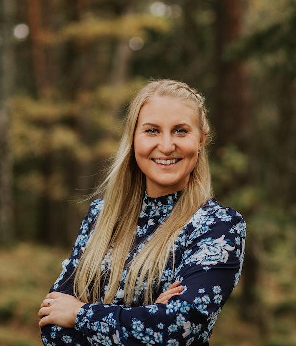 Evelina Hällbro